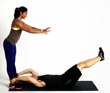 partner-leg-raises